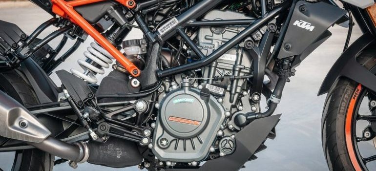 clean and prepare a motorcycle for transport