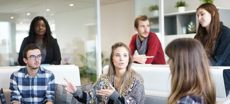 people talking - preparing your employees for an office move